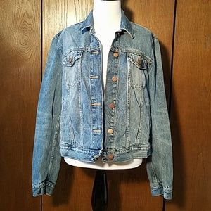 GAP JEAN JACKET SZ LARGE